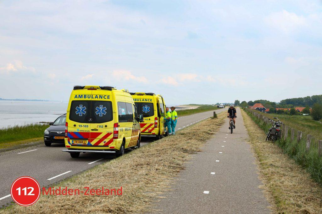 Hulpdiensten rukken uit voor gevallen fietser op Oude Zeedijk bij Kattendijke - 112Midden-Zeeland - 112 Midden-Zeeland